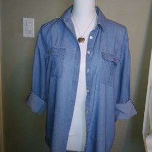Loft Women's Top. Softened Chambray.